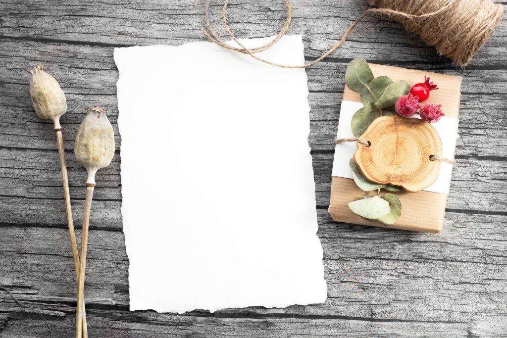 Wie du dein Privatevent promotest: Eine handschriftliche Einladung kann viel bewirken.