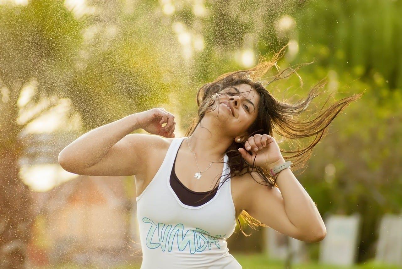 Wie du deinen Zumba-Kurs promotest: 5 Tipps, wie du die Leute zum Tanzen bringst