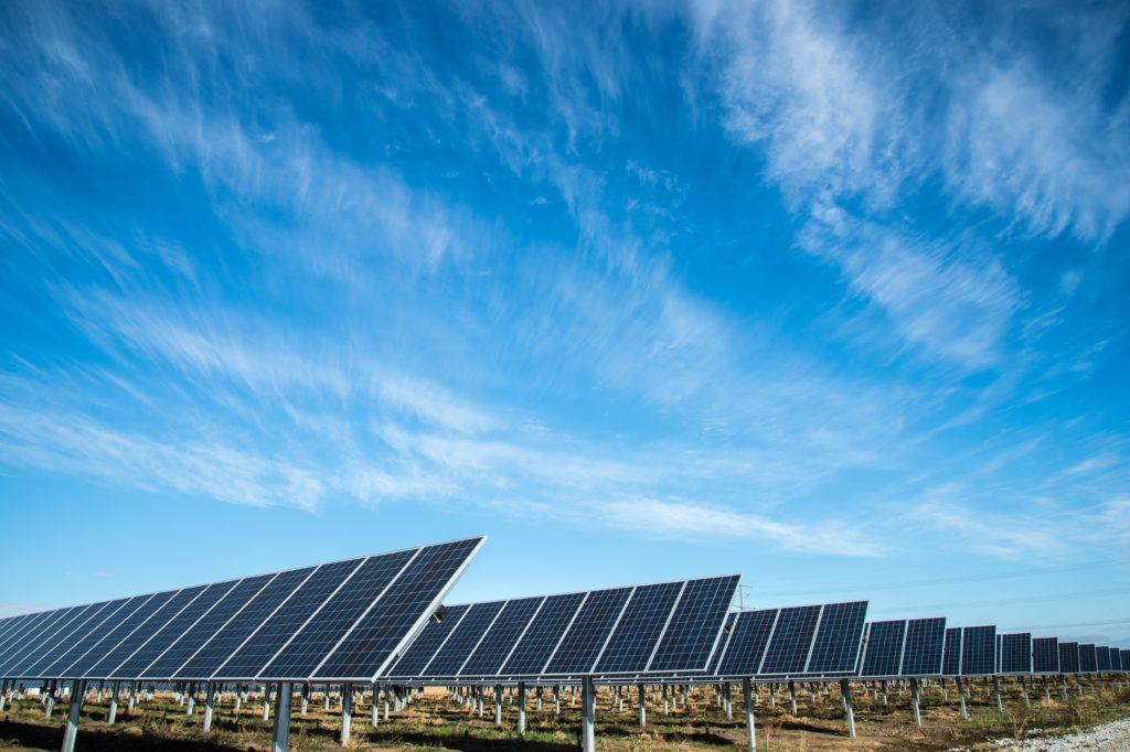 Nachhaltiges Event: Nutze Solarenergie, um die CO2-Emissionen zu reduzieren.