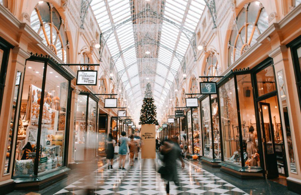 Ideen für die Neueröffnung: Ideen für die Neueröffnung eines Einzelhandelsgeschäfts.
