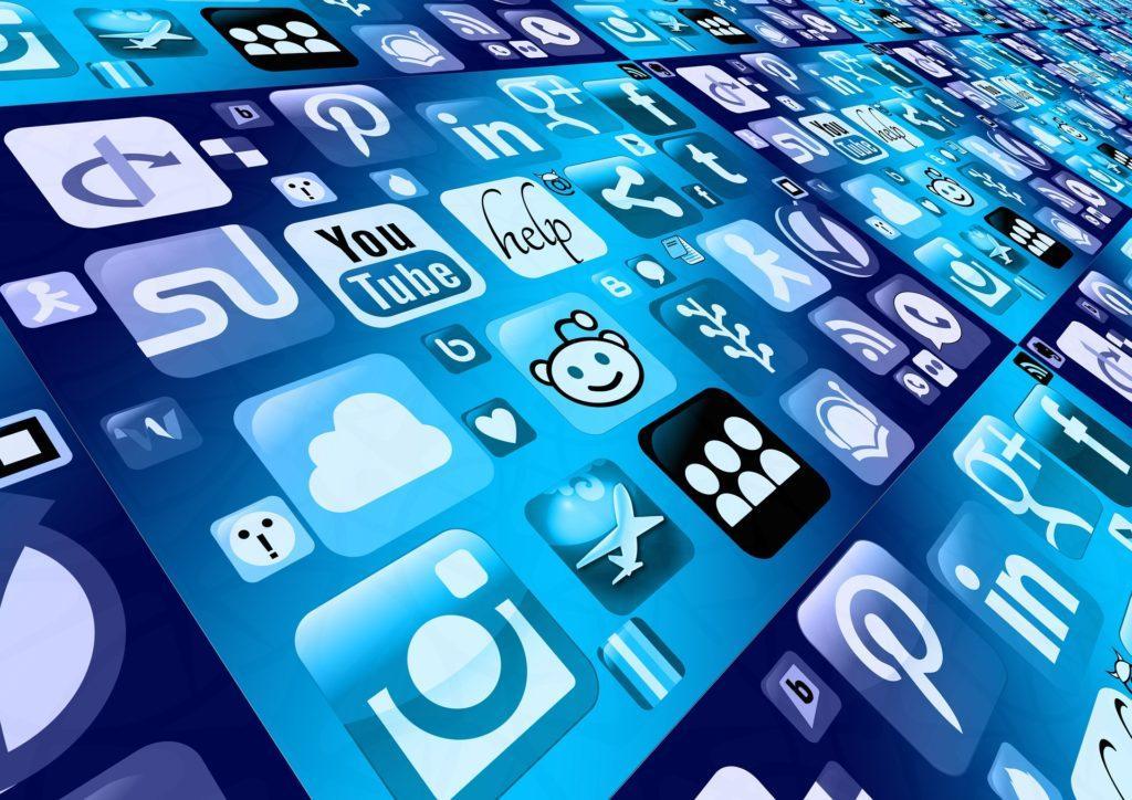 Blogger-Events: Verbinde dich mit Bloggern in den sozialen Medien.