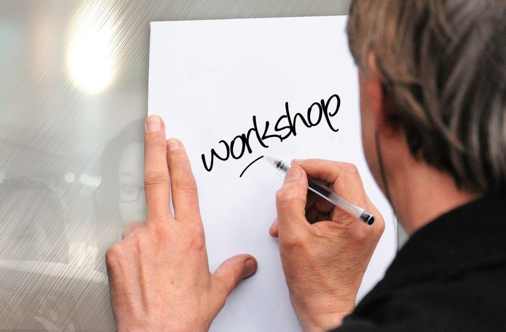 Blogger-Events: Veranstalte ein Workshop, um darin zu zeigen, was genau Du tust.